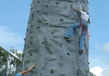 Mobile-Climbing-Wallv1